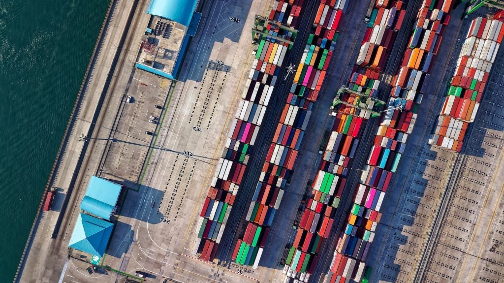 Smart container standards edge closer as Maersk takes